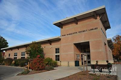 Clare Michigan Photograph - Library In Clare Michigan by Terri Gostola