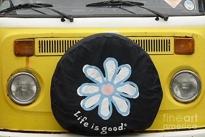 Iconic Lamp Design Photograph - Life Is Good With Vw by Wendy Wilton