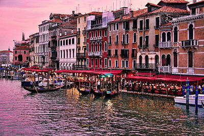Photograph - Life On The Grand Canal by Oscar Alvarez Jr