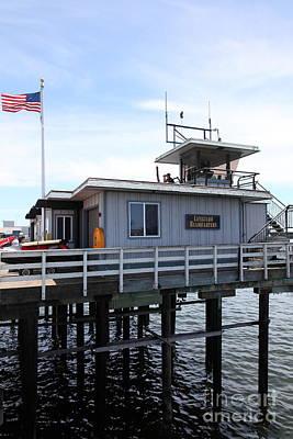Santa Cruz Wharf Photograph - Lifeguard Headquarters On The Municipal Wharf At Santa Cruz Beach Boardwalk California 5d23827 by Wingsdomain Art and Photography
