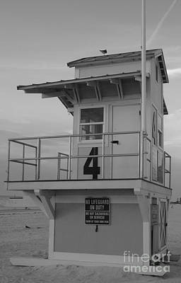 Photograph - Lifeguard Station 4 In B W by D Hackett
