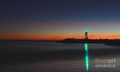 Photograph - Lighthouse 6 by Theresa Ramos-DuVon
