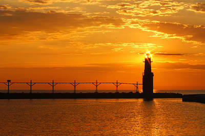 Photograph - Lighthouse Bling by Bill Pevlor