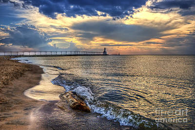 Washington Indiana Photograph - Lighthouse Drama by Scott Wood