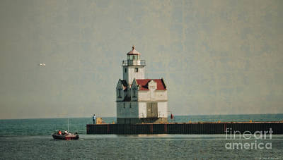 Lighthouse In The Evening - Manitowoc Art Print