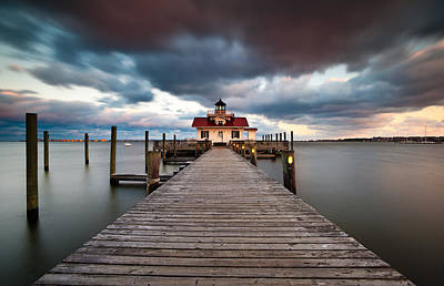 Lighthouse - Outer Banks Nc Manteo Lighthouse Roanoke Marshes Print by Dave Allen
