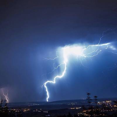 Lightning Over City Art Print by Hans-peter Semmler / Eyeem