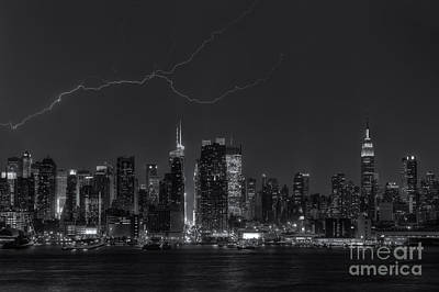 Photograph - Lightning Over New York City X by Clarence Holmes