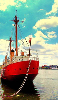 Photograph - Lightship 116 Chesapeake by Pamela Hyde Wilson