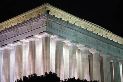 Lincoln Memorial At Night Art Print