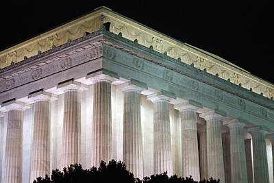 Photograph - Lincoln Memorial At Night by Karen Saunders