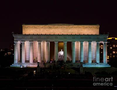 Photograph - Lincoln Memorial At Night by Nick Zelinsky