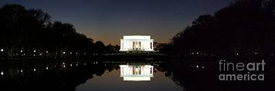 Lincoln Memorial Photograph - Lincoln Memorial by Mike Baltzgar