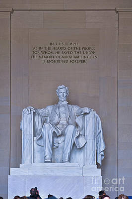 Photograph - Lincoln Memorial National Mall Washington Dc Vertical by David Zanzinger