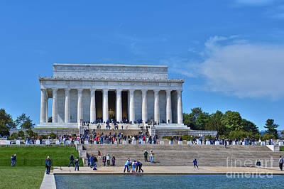 Photograph - Lincoln Memorial Reflecting Pond National Mall Washington Dc by David Zanzinger