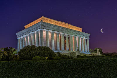 Lincoln Memorial Photograph - Lincoln Memorial Under The Stars by Susan Candelario