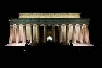 Photograph - Lincoln Memorial Wide Shot by John McGraw