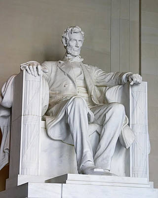 Photograph - Lincoln Statue by Mary Almond