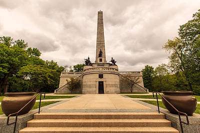 Photograph - Lincoln Tomb by Ben Graham