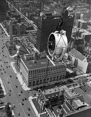 Lindbergh Photograph - Lindbergh Beacon Hoisted Up by Underwood Archives