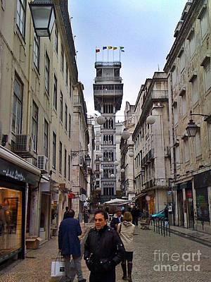 Photograph - Lisboa 2010-110 by Rezzan Erguvan-Onal