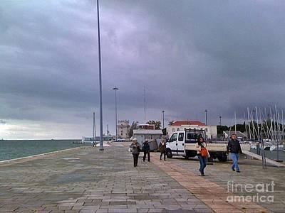 Photograph - Lisboa 2010-122 by Rezzan Erguvan-Onal