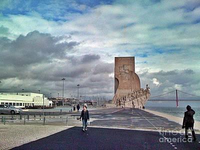 Photograph - Lisboa 2010-126-padrao Dos Descobrimentos by Rezzan Erguvan-Onal
