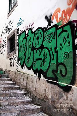 Lisbon Graffiti II Art Print