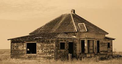 Photograph - Little Home On The Prairie by Angi Parks
