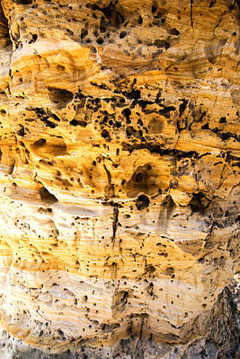 Photograph - Little Peach Tree Rock Strata by Charles Hite