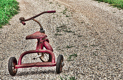 Photograph - Little Red Tricycle by John Crothers