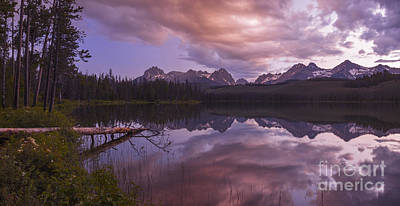 Sawtooth Mountain Art Photograph - Little Redfish Lake Sunset Stanley Idaho by Vishwanath Bhat