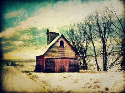 Corn Crib Photograph - Little Sioux Corn Crib by Julie Hamilton