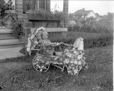 Peddle Car Photograph - Little Tites Buggy by William Haggart