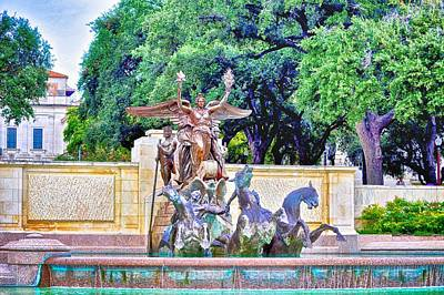 Photograph - Littlefield Fountain At The Univeristy Of Texas by Kristina Deane
