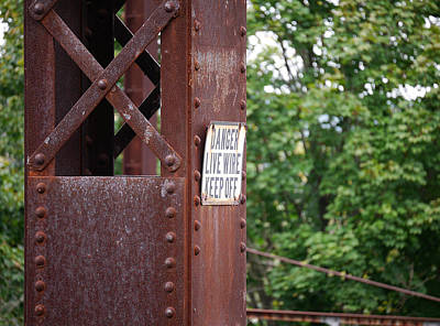 Photograph - Live Wire Keep Off by Richard Reeve