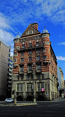The Titanic Photograph - Liverpool Building-6 by Bai Qing Lyon