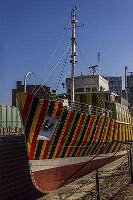 Liverpool Photograph - Liverpool Dazzle Ship by Paul Madden