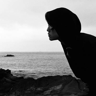 Black And White Bondage Photograph - Lizard Point 2 by Jaakko Saari