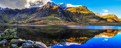 Snowdonia Photograph - Llyn Idwal In The Snow by Regie Marshall