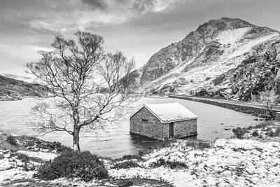 Llyn Ogwen - A Winter's Day Monochrome Art Print by Christine Smart