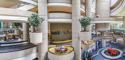 Lobby Of The Renaissance Center Art Print by John McGraw