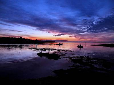 04003 Photograph - Lobster Boat Sunrise by Donnie Freeman