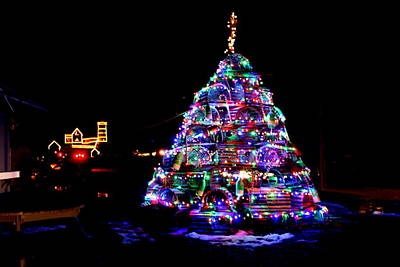 Lobster Trap Christmas Tree And Nubble Light Original by Suzanne DeGeorge