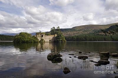 Caledonian Photograph - Loch-an-eilein Castle - D003341 by Daniel Dempster
