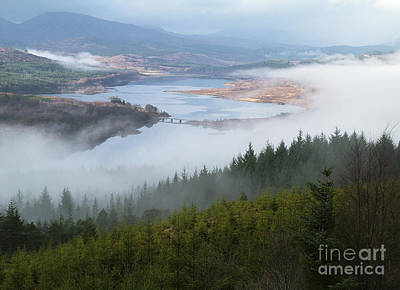 Photograph - Loch Garry by Phil Banks