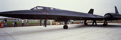 Lockheed Sr-71 Blackbird On A Runway Art Print