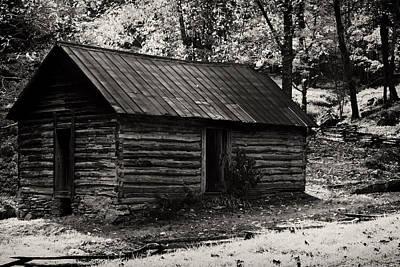 Wall Art - Photograph - Log Cabin by Daniel Amick
