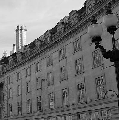 Photograph - London Building With Lamp Post by Cheryl Miller