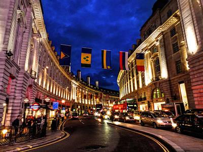 Photograph - London 022 by Lance Vaughn